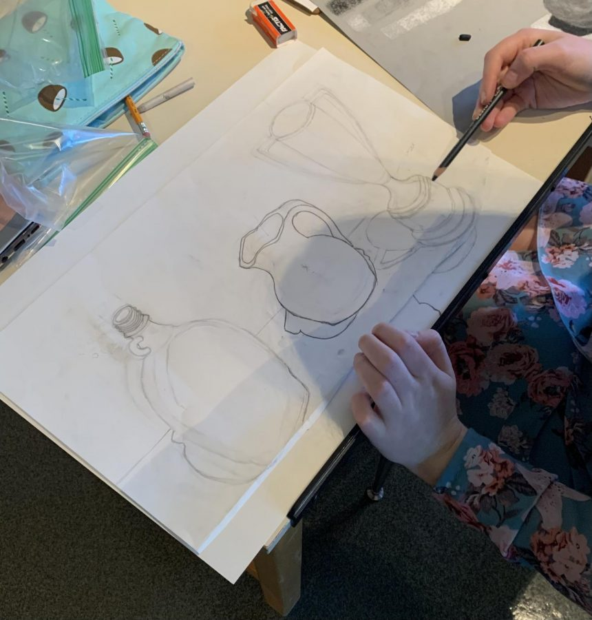 Even though art classes are virtual, the students are still able to make funomenal pieces of art. The students in Miss. Doyon's class are in the work of creating shadings as shown in the picture above. This student, Evelin Hoving, is in class using class materials but is still social distanced.
